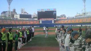 横浜スタジアムでソフトボールの試合!